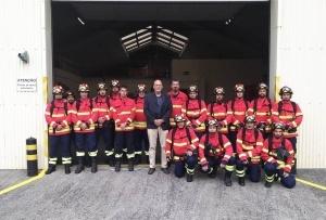 Bombeiros dos Açores recebem pela primeira vez formação no combate a incêndios florestais